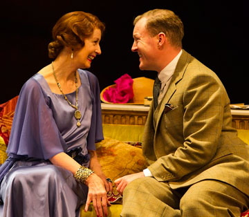 """Hay Fever"" Opens with British Aplomb"