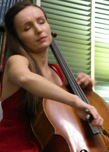Mother-Daughter Cellos Steal the Show
